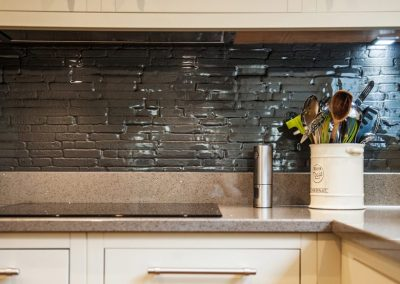 Deco-Glaze-glass-splashback400